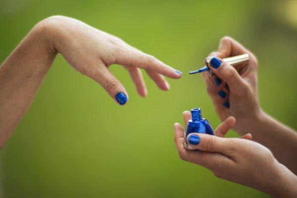 trattamento spa di manicure e pedicure di lusso